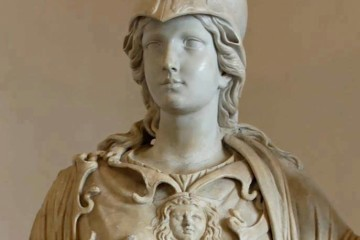 η πανεμορφη Αθηνα Παλλαδα