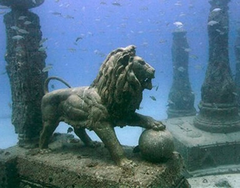 Discovered sunken city that connected ancient Greece and Egypt 3